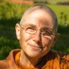 Buddhist. Nonne sitzend[363]
